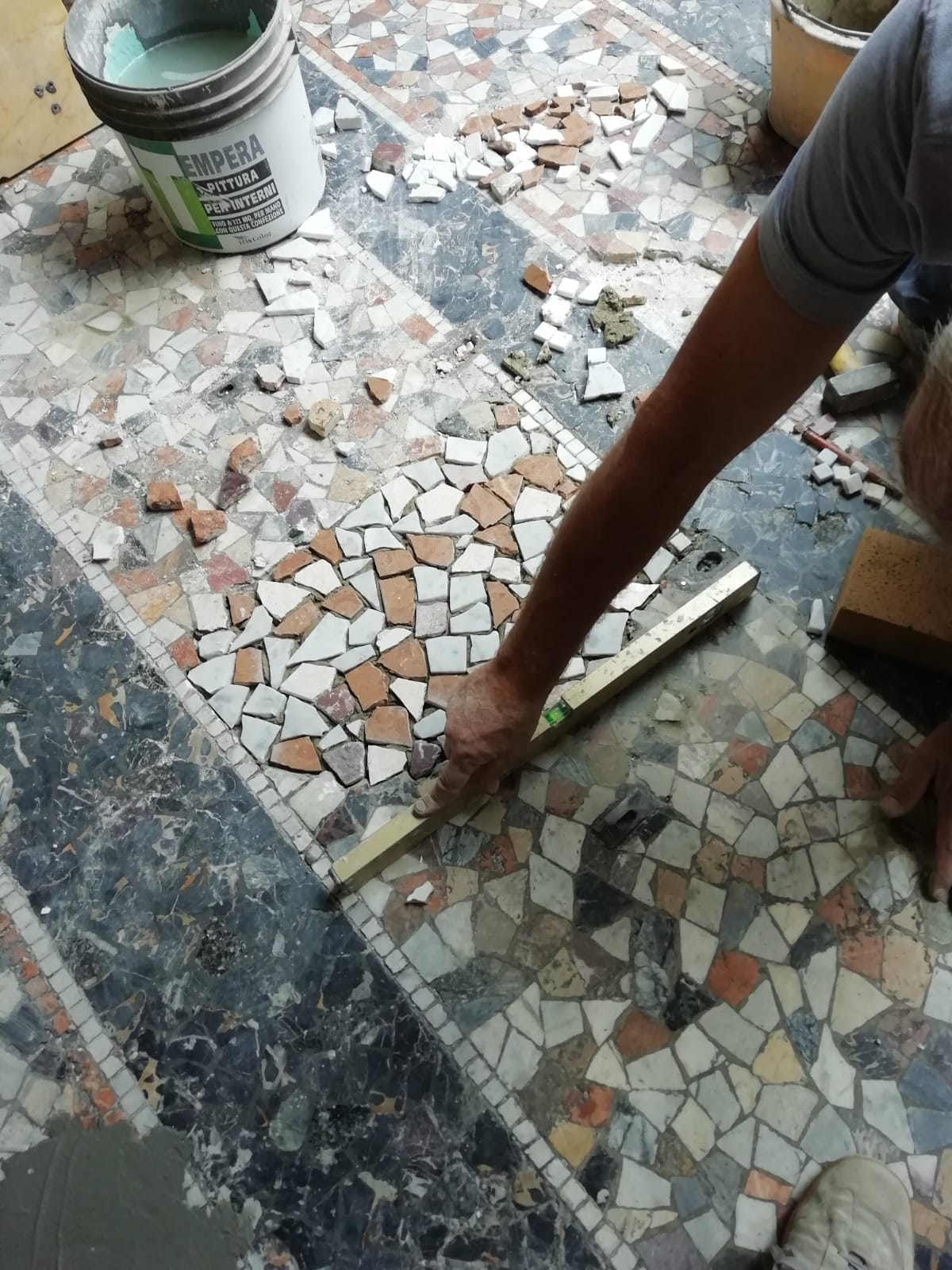 Restauro mosaico 2